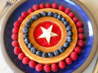 圣地亚哥的著名餐厅Cafe 222在Comic Con动漫展期间推出美国队长Captain America盾牌华夫饼。(图片由Cafe 222提供)