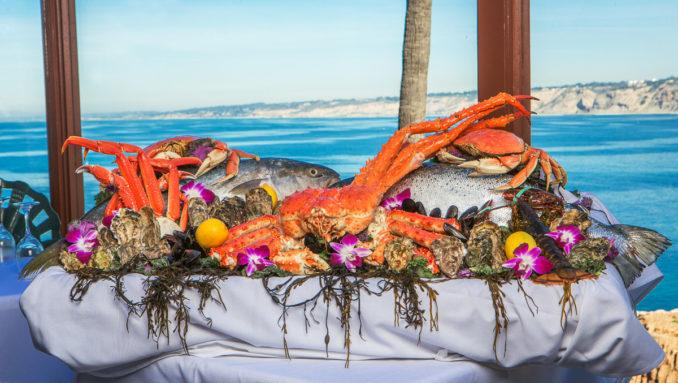 La Jolla特色餐厅Crab Catcher的海鲜拼盘。